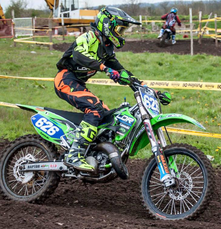 Picture of a motorcross rider named Ian Mellor from LDR Kawasaki Youth Team